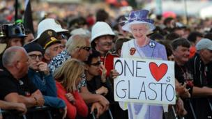 A cut-out of the Queen at Glastonbury