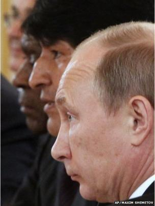 Russian President Vladimir Putin (R) and Evo Morales during a meeting at the Kremlin in Moscow, on 2 July