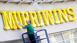A supermarket changes its name to mark Andy Murray ending Britain's 77-year wait for a Wimbledon men's tennis title. Photo: Imagewise.