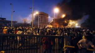 Clashes outside the Presidential Guard base in Cairo on 8 July 2013