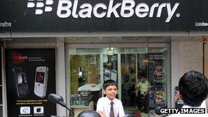 Blackberry handsets on sale in Mumbai