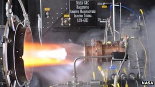 Nasa tests 3D-printed rocket engine fuel injector - BBC News