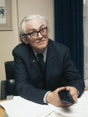 British Secretary of State for Employment Michael Foot, 1974