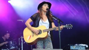 KT Tunstall on the main stage