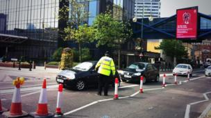 Police advise driver on Broad Street