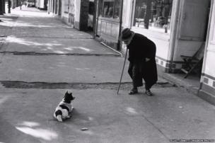 Man meets dog, Neuilly, 1952