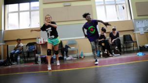 Arizona Snow (left) and Portia Oti (right) in rehearsal for Groove On Down The Road