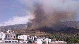 Forest fire in Órgiva. Photo: Pablo Expósito