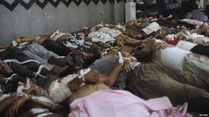 Bodies of members of the Muslim Brotherhood and supporters of deposed Egyptian President Mohamed Morsi lie in a room in a field hospital at the Rabaa Adawiya mosque in Cairo August 14, 2013