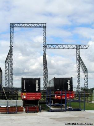 Beginning of the main stage construction
