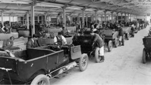 Plant Oxford body mounting shop in 1925