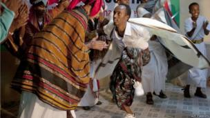 Dancers perform a traditional Somali dance at the book fair - Hargeisa, Somaliland