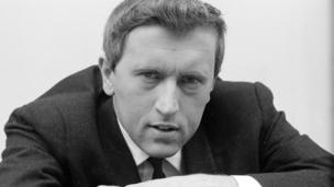 Sir David Frost publicity shot for That Was The Week That Was in 1963