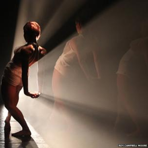 National Dance Company Wales, Lighting design Joe Fletcher; Photo by Roy Campbell Moore