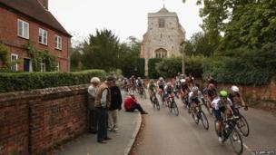 Tour of Britain in Surrey - Puttenham