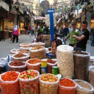 Street vendors in the Old City. Photo: Sina