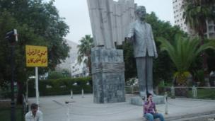 Statue of Hafez al Assad, former president of Syria and father of current leader Bashar al-Assad. Photo: Babak