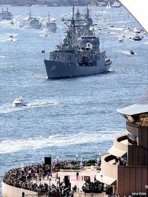 Royal Australian Navy warship HMAS Darwin enters Sydney Harbour
