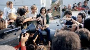 Joan Baez giving a press conference at the Isle of Wight festival 1970