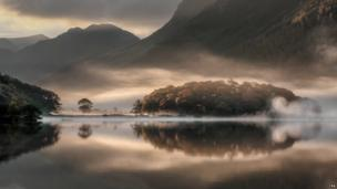 Mist and Reflections by Tony Bennett