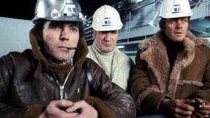 Maurice Roeves, Nigel Davenport and Michael Whitney in Oil Strike North