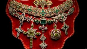 The necklace of St Januarius, made in 1679 by goldsmith Michele Dato