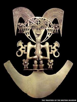 Bird pectoral, Popayan, gold alloy, AD900-1600