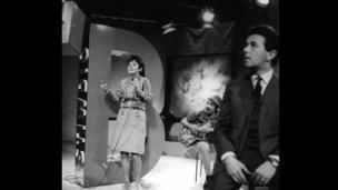 Mari Griffith singing in 1967
