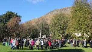 Crowd gathered at Alva war memorial