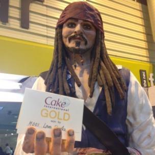 Johnny Depp with his award