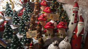 Stall selling festive porcelain