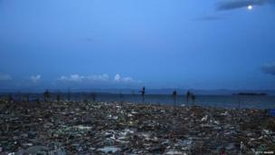 Typhoon aftermath in Leyte, Philippines, 16 Nov