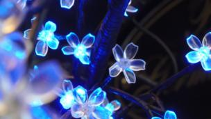 Lights in the shape of flowers