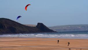 Kites at St Bride's Bay, Pembrokeshire