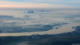 Dense fog over London taken from 2000 ft. Photo: Daniel Nicholson