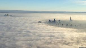 Dense fog over London. Photo: @MPSinthesky
