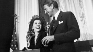Joan Fontaine and Gary Cooper at the 1942 Oscars