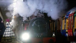 Steam train to mark 150 years of London Underground