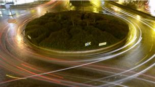 Car lights in West Marketgait in Dundee