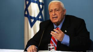 Ariel Sharon announcing he is leaving the Likud party, on 21 November 2005