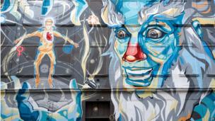 Graffiti art on a house wall in Halle, eastern Germany (January 9, 2014)