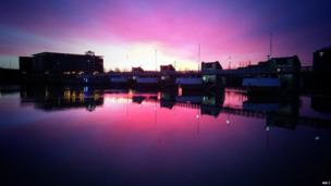 The early morning sunrise also gave the opportunity to photograph the reflections of the Lagan Weir on the River Lagan in Belfast.
