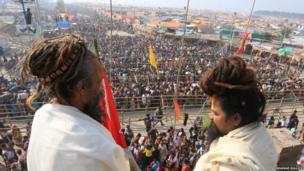 Hindu pilgrims gather at the holy festival Gangasagar Mela. Photo: Bhaskar Mallick