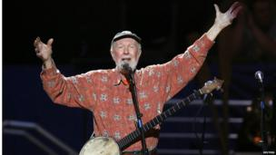 Pete Seeger sings Amazing Grace during a concert celebrating his 90th birthday in New York on 3 May 2009