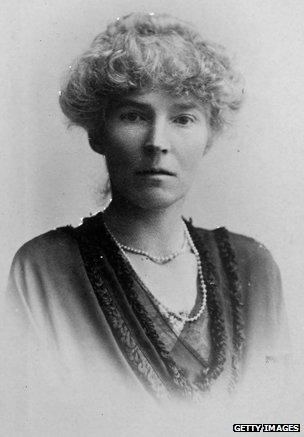 gertrude bell the uncrowned queen of the desert bbc news