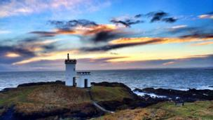 Elie lighthouse at Ruby Bay in Fife
