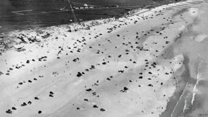 Cars on beach at Camber and Broomhill Sands in May 1931