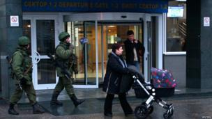 Armed men at Simferopol airport, Crimea (28 Feb)