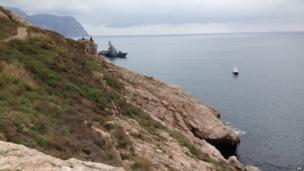 Black Sea Fleet ship outside Sevastopol, Crimea (28 Feb)
