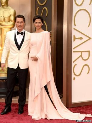 Actor Matthew McConaughey (L) and model Camila Alves